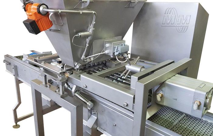 Автомат нанесения помадки для ООО «Кондитерская фабрика «Квитень» | Мастер Милк